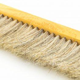 Včelárska metlička bledý vlas