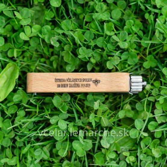 Napínač drôtika drevo antikor potlač